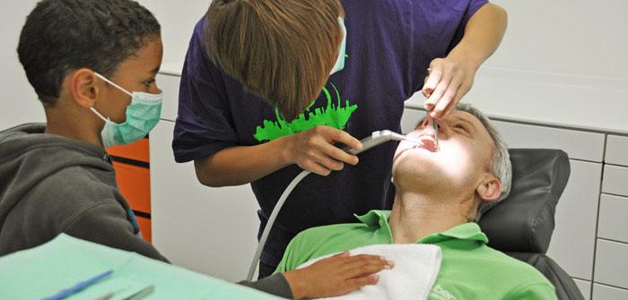 Füllungen und Kronen - Zahnarztpraxis Dr. Josef Stoiber